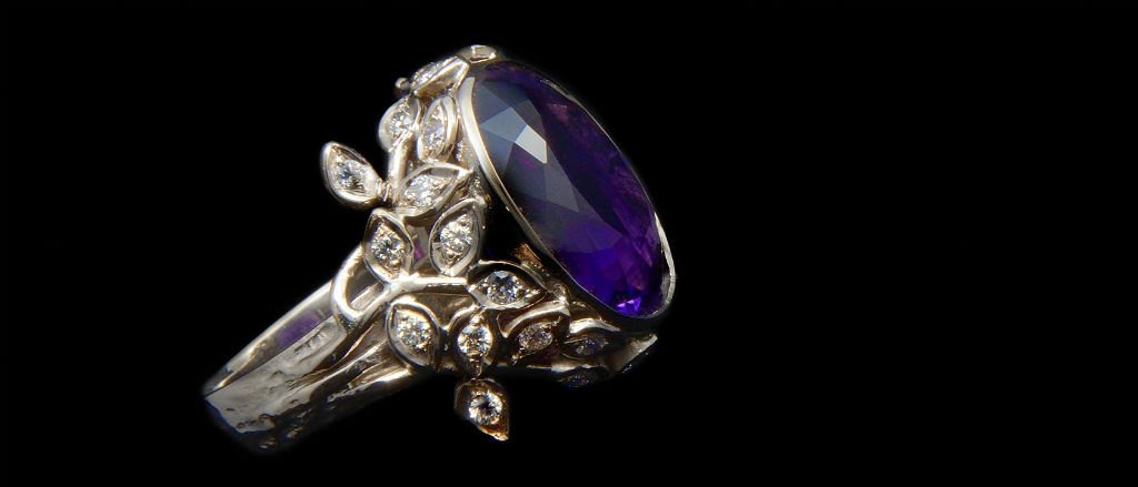 The Goldsmithy 18ct White Gold Amethyst and Diamond Ivory Ring